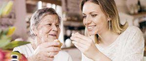 precio-cuidadora-de-personas-mayores