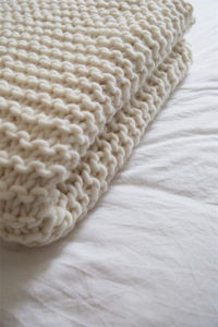 Knit a blanket with garter stitch