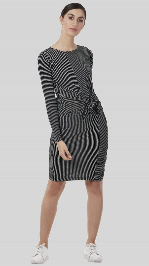 SbuyS - Front Knot  Midi Dress