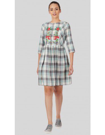SbuyS  - Plaid Floral Embroidery Midi Dress