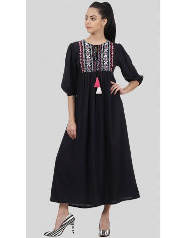 SbuyS - Embroidered Maxi Dress