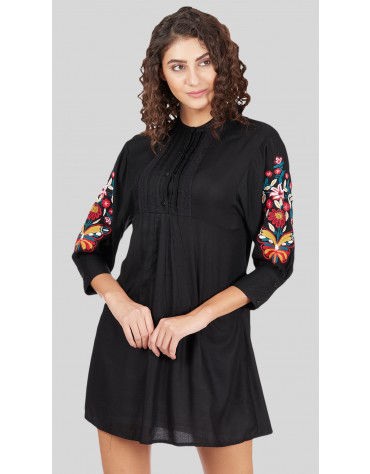 SbuyS - Embroidered Sleeve Midi Dress