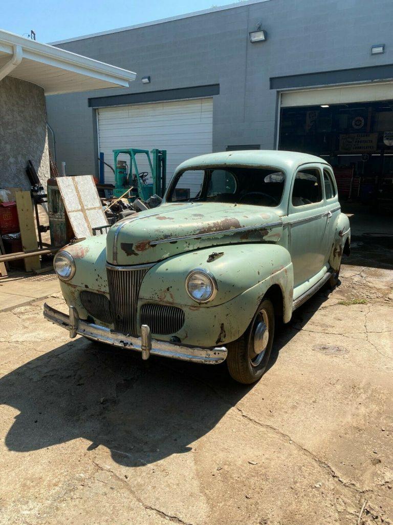 1941 Ford 2 Door Sedan project [barn find]