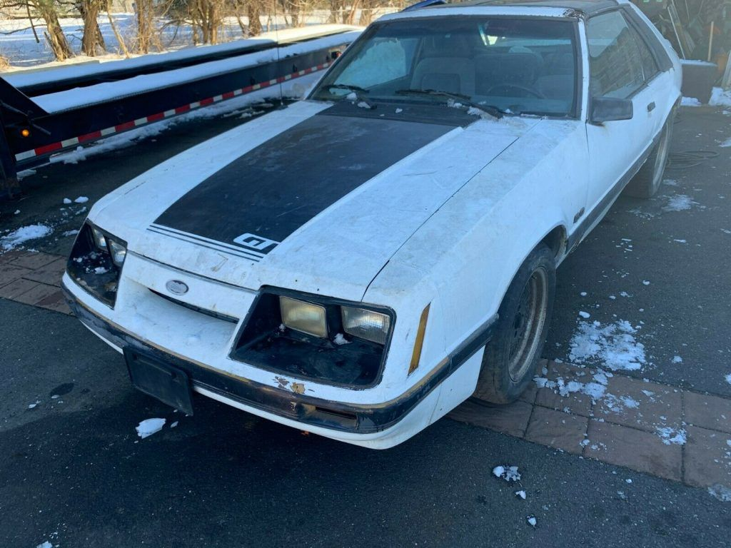 1986 Ford Mustang GT project [solid]