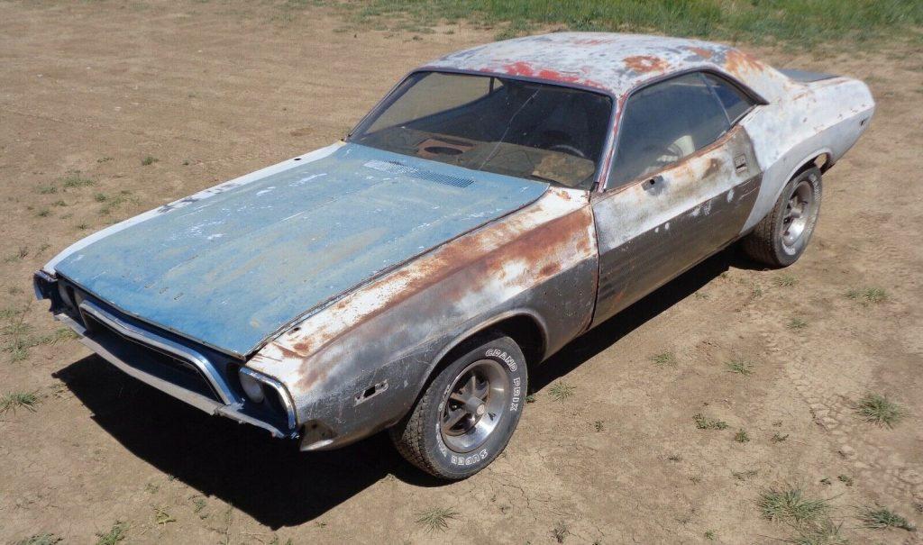 1973 Dodge Challenger project [missing engine]