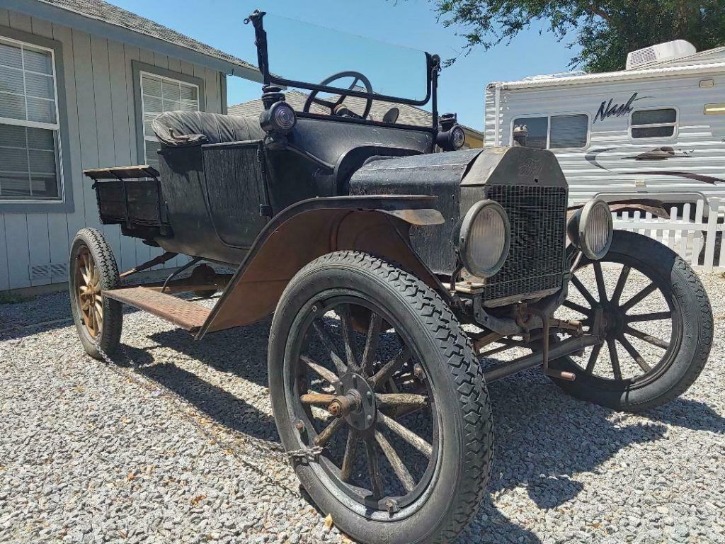 1915 Ford Model T project [true time capsule barn find]