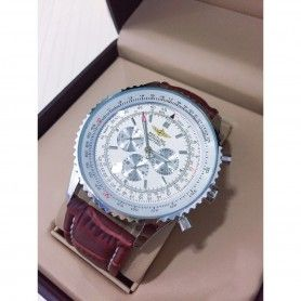 NAVITIMER 01 WHITE DIAL CHRONOMETRE