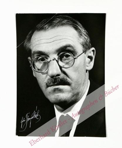 Anouilh, Jean, Schriftsteller (1910-1987).