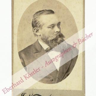 Williams, James J.,, Photograph, photographer (ca. 1850-1926).