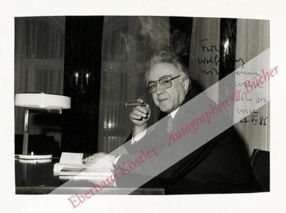 Dor, Milo, Schriftsteller (1923-2005).
