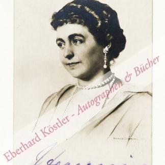 Hermine, deutsche Kaiserin, zweite Gemahlin Wilhelm II., geb. Prinzessin Reuß (1887-1947).