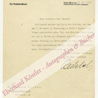 Redslob, Edwin, Kunsthistoriker und Politiker (1884-1973).