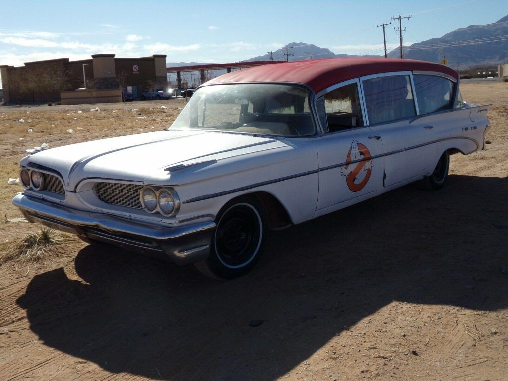 Ghost of Ghostbusters 1959 Pontiac Superior Coach Corp Ambulance/Hearse