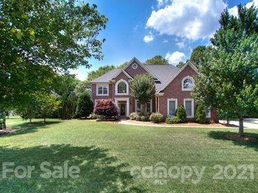 6112 Dunmoor Valley Court, Charlotte, NC, 28226,