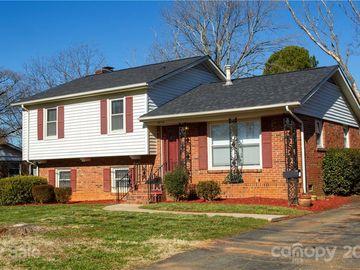 4834 Tanglebriar Drive, Charlotte, NC, 28208,