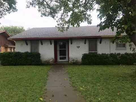 2750 Meadow Bluff Lane, Dallas, TX, 75237,