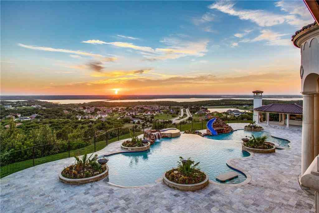 Swimming Pool, 2449 Mountain View Court, Cedar Hill, TX, 75104,
