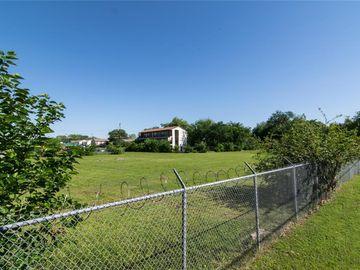 310 S Carroll Avenue, Dallas, TX, 75223,