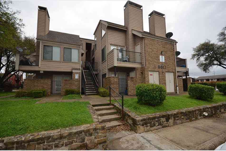 9817 Walnut Street #302, Dallas, TX, 75243,