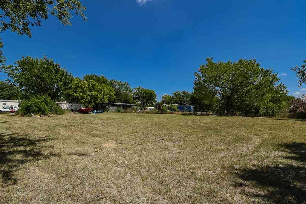 12136 Cleveland Gibbs Road, Roanoke, TX, 76262,