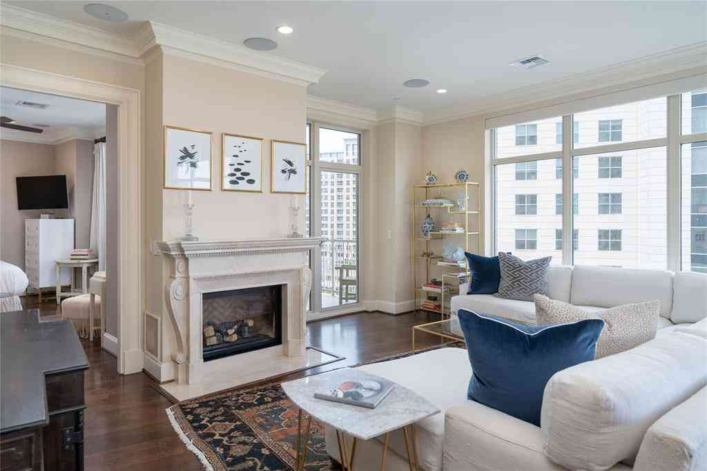 Living Room, 2555 N Pearl Street #1004, Dallas, TX, 75201,