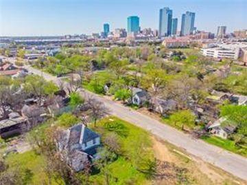 1305 Waterman Street, Fort Worth, TX, 76102,