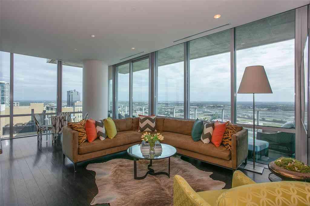 Sunny Living Room, 1301 Throckmorton Street #2402, Fort Worth, TX, 76102,