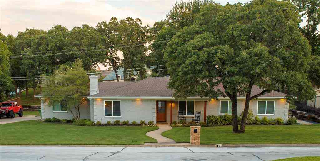 3308 Sunset Oaks Street, Dalworthington Gardens, TX, 76016,