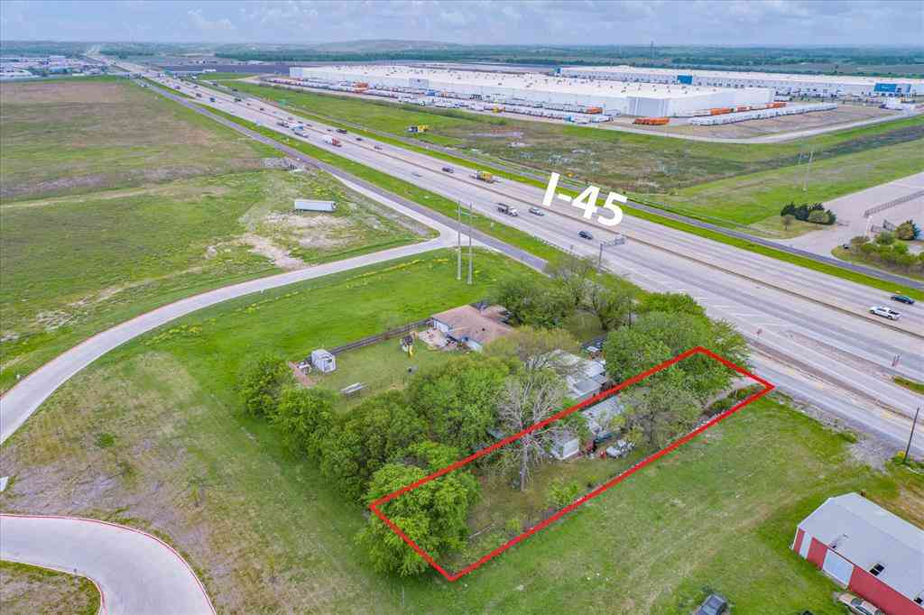5720 S Interstate Highway 45, Wilmer, TX, 75172,