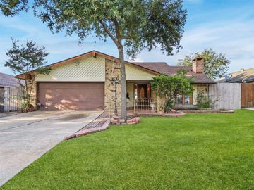 909 Via Balboa, Mesquite, TX, 75150,