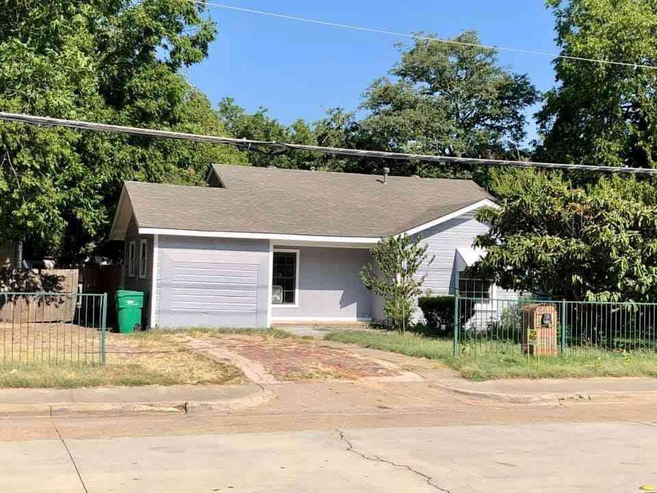 420 S Charles Street, Lewisville, TX, 75057,