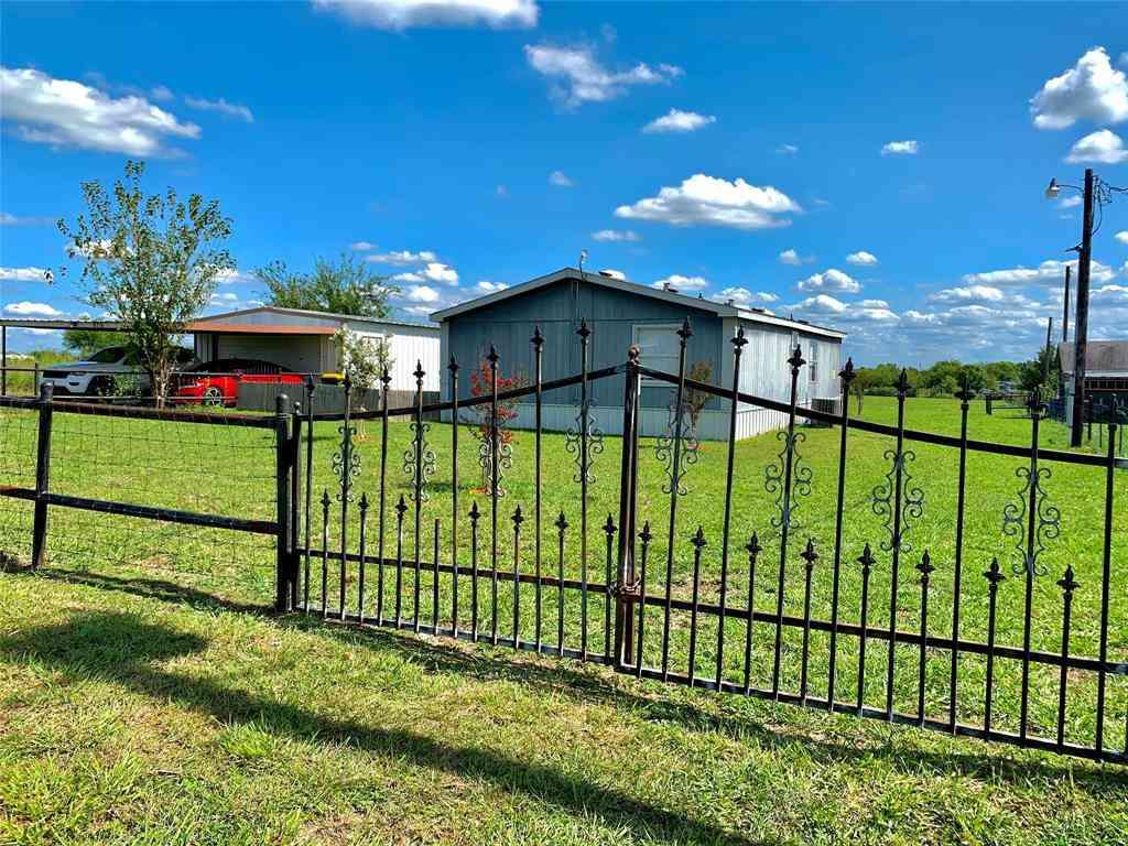 8716 Johns Road, Alvarado, TX, 76009,