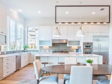 Kitchen, 381 E Greenbriar Lane #1201, Dallas, TX, 75203,
