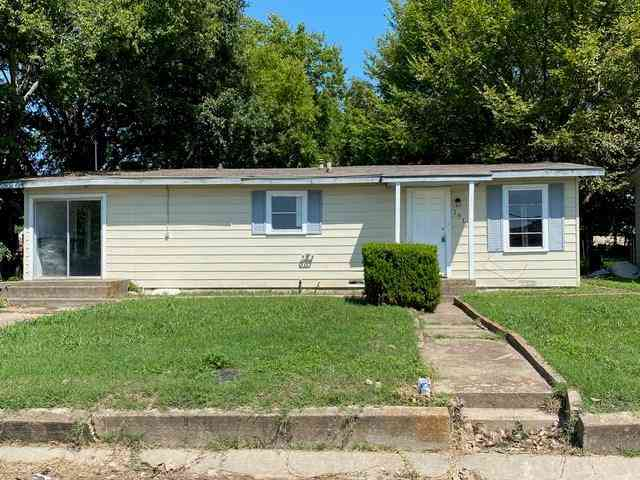 1612 N Anglin Street, Cleburne, TX, 76031,