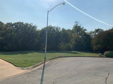 7504 Teakwood Court, Fort Worth, TX, 76112,