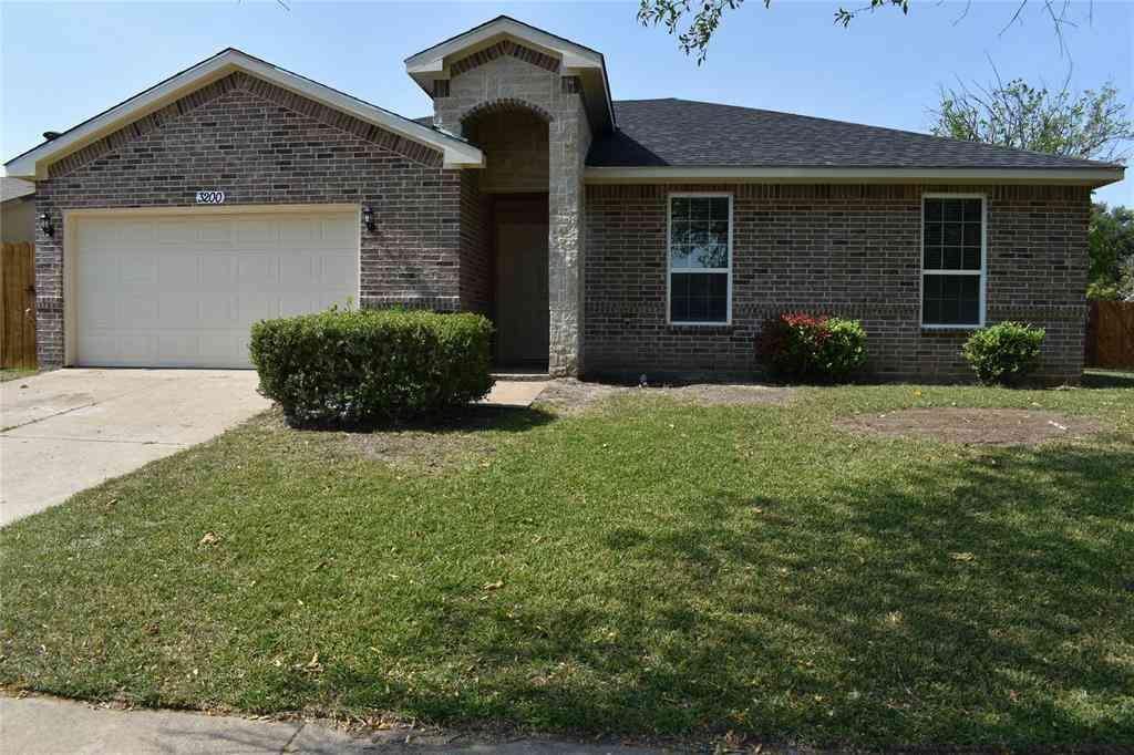 3200 Chalmette Court, Forest Hill, TX, 76140,