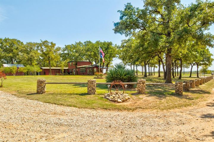 335 County Road 3351