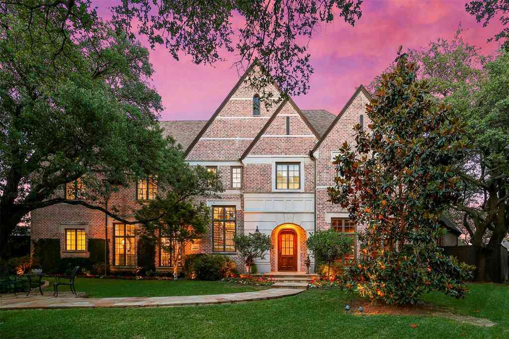 5818 Club Oaks Court, Dallas, TX, 75248,
