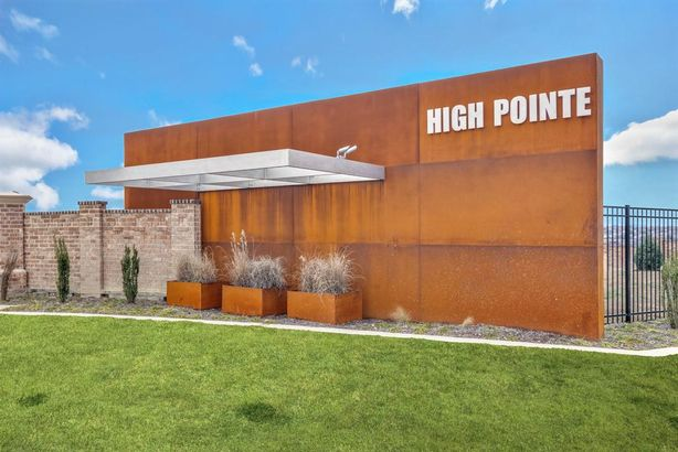 5444 High Pointe Drive