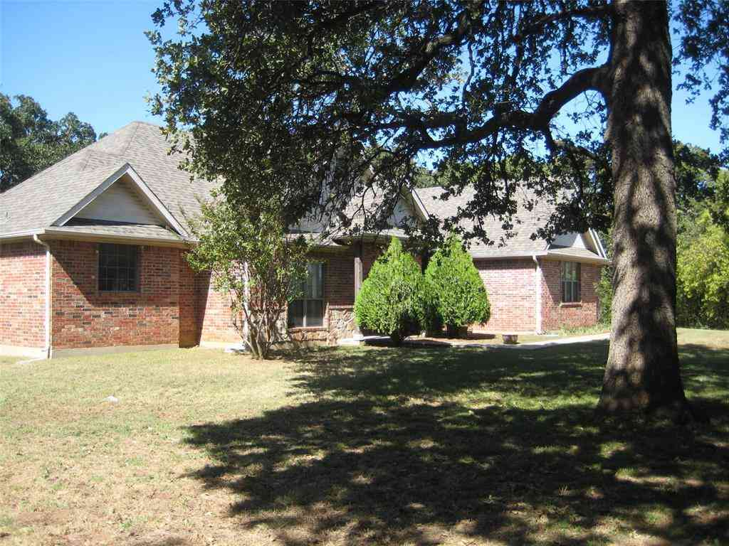 659 W Gould Street, Pilot Point, TX, 76258,
