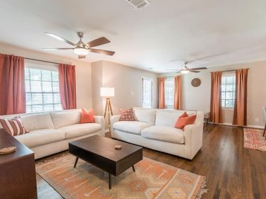 Sunny Living Room, 3540 Plymouth Avenue, Fort Worth, TX, 76109,