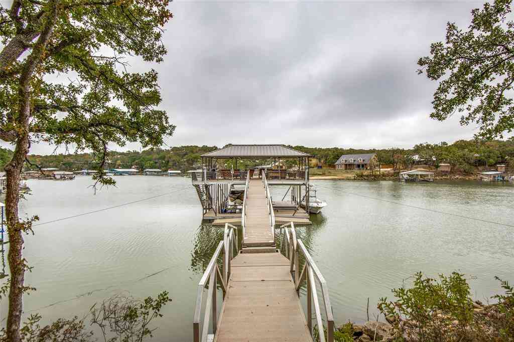 146 County Road 1743, Chico, TX, 76431,