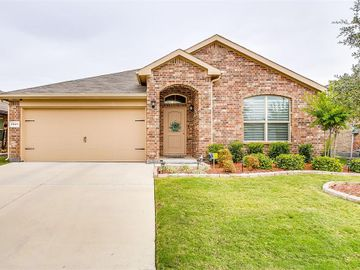 7921 Mosspark Lane, Fort Worth, TX, 76123,
