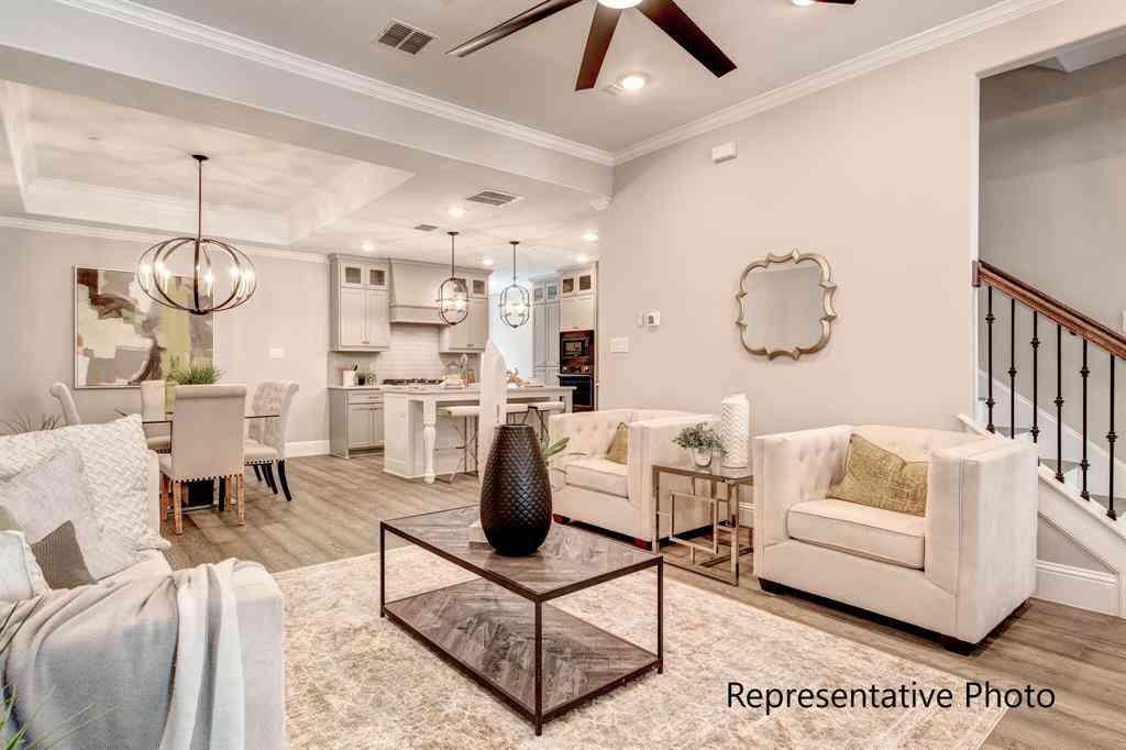 Sunny Living Room, 303 Sunset Lane #102, Fort Worth, TX, 76114,
