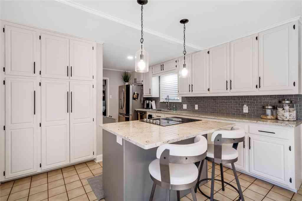 Kitchen, 1210 Mountain Lake Road, Dallas, TX, 75224,