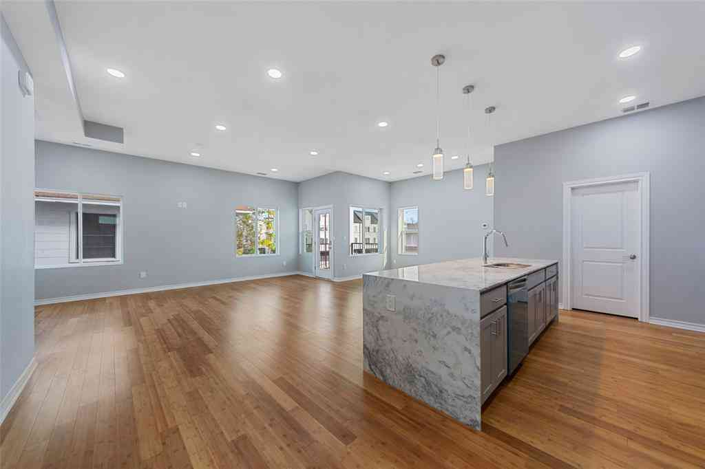 Kitchen, 4633 Virginia Avenue, Dallas, TX, 75204,