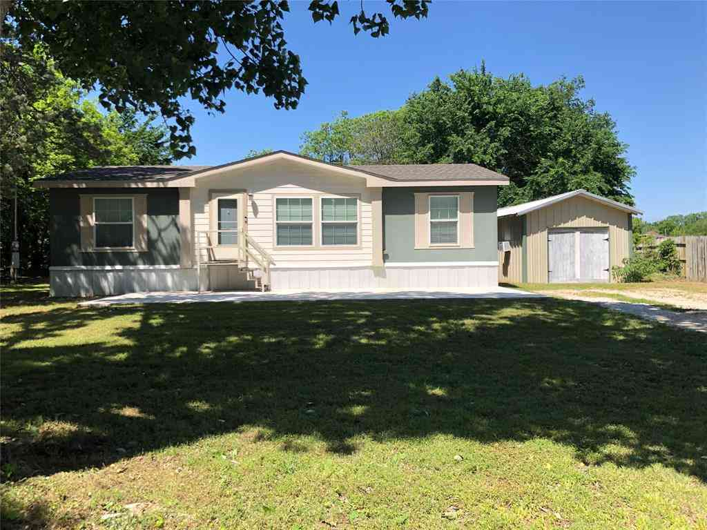 300 S Hovey Street, Chico, TX, 76431,