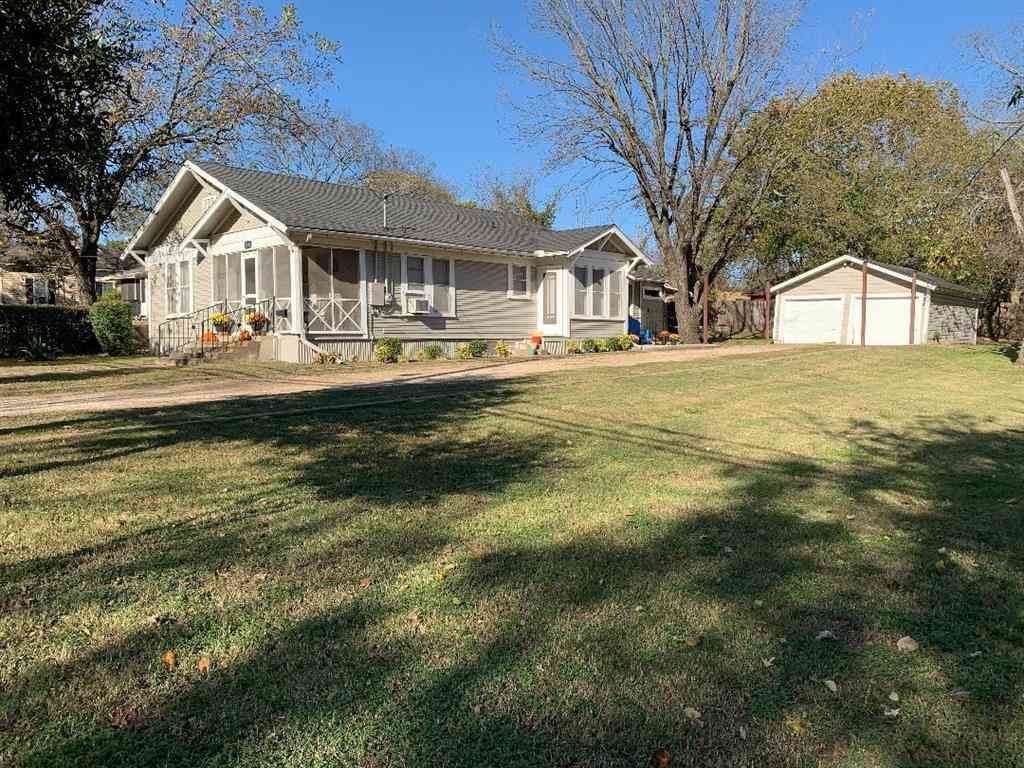 1300 N Preston Street, Ennis, TX, 75119,