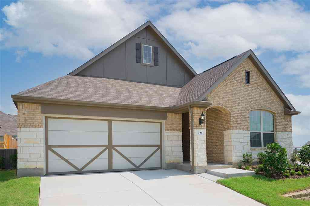 424 Pheasant Hill Lane, Fort Worth, TX, 76028,