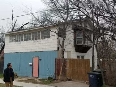 908 W Shaw Street, Fort Worth, TX, 76110,